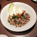 THAIFOOD DINING&BAR マイペンライ - ラープムー (挽肉とスパイスの辛口サラダ)   980円