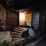 127493991 - 日本家屋 鎌倉らしい佇まい