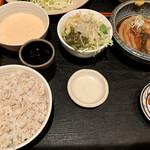 泰山 - ご飯の量は普通