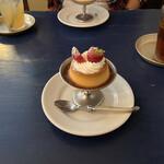 カフェ ウワイト -