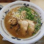 らーめん屋こうちゃん - 料理写真:こうちゃんらーめん(しょうゆ味)¥720