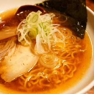 凌駕 Ninja - 料理写真:煮干し醤油ラーメン