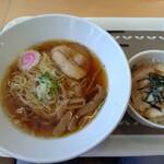 127516219 - ラーメンミニ丼セット(チャーシュー丼)500円(税込)