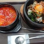 ビビム - 料理写真:スンドゥブ+石焼ビビンバセット