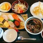 良寿し - 料理写真:寿司握りランチ 1,210円