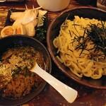 つけ麺らぁ麺油そば六朗 - 六朗つけ麺(大盛) 全部盛り