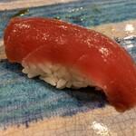 第三春美鮨 - シビマグロ 142kg 腹中 赤身 熟成4日目 延縄漁 房州勝浦
