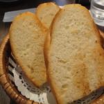 12754102 - 本日のランチ(\1000):パン…お代わり自由