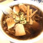 春こま食堂 - 料理写真:ラーメン  650円