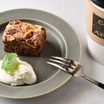 カフェ エ アペロ - スイーツ+コーヒー