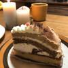 プルチーノ - 料理写真:イタリアの田舎のおばあちゃんが作ったケーキ。以上、妄想♡モンテビアンコ♡