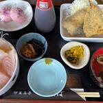 海鮮料理 おかりば - ミニ海鮮丼とフライセット 1200円。