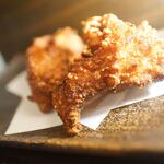 北海道からあげの大衆酒場 三木谷商店 - モモ肉ザンギ