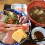海鮮屋まるなん - 海鮮丼