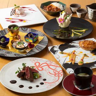 宴の席を華やかに彩る京都牛懐石