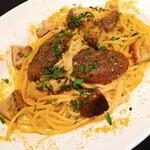 オセロ - 原木ステーキしいたけにイタリア産のカラスミを使用した人気のペペロンチーノ