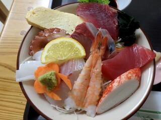 小さな和風レストラン 笑福 - 海鮮丼(竹)