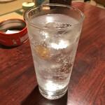 おうちあそび - ドリンク写真:*麦焼酎「おこげ」(¥500)※ソーダ割り