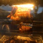 ブエノキッチン - 料理写真:専用ロースターで2時間じっくり回し焼き