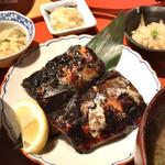 旬の味 たき下 - 欲張りランチ 鯖西京味噌漬け、あら汁。