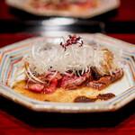 鉄板焼き いわ倉 - トモサンカクのローストビーフ  トリュフソース