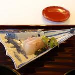 京懐石柿傳 - お造りは鯛