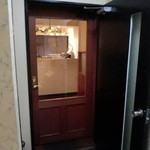 ビストロ ボン・グー・コクブ - お店の入口(2階です)