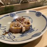 まつ勘 - イカの煮物