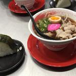 拉麺 ことぶき家 - 料理写真:朝セット(特製中華そば、おにぎり付き)