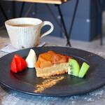 ギャラリーショップ&カフェ モノ -