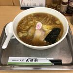 大宮大勝軒 - 中華麺、850円。