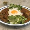 シンゴカレー - 料理写真:チキンとキーマのあいがけ
