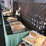 瀬戸内ゴルフリゾート レストラン THE GRILL - 奥にはデザートもたくさん