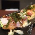 鶏motto - アボカドと胸肉のチーズ炙り