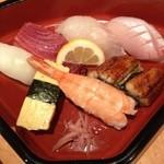 12766597 - お寿司にぎり