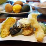 おぶぶ - 天ぷらは揚げたてがひとつひとつ運ばれてきます。