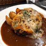マヌカ - デミチーズハンバーグ