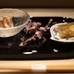 江戸前 鮨 服部 - 毛蟹の味噌和え、煮凝り