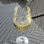 Brasserie Gent - グラスワイン 白(エスト エスト エストでした)
