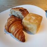 RISTORANTE&BAR EVOLTA - パン3種類             キューブパンが美味しくてお代わり