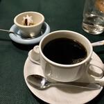 アンジェリー フレスカ - 食後のコーヒーとデザート