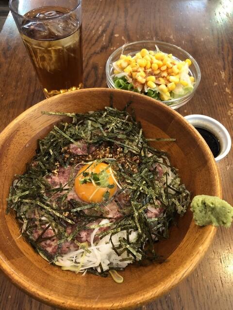MEAT×WINE BISTRO DOMANNAKAの料理の写真