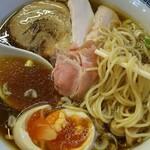 中華蕎麦 一無庵 - 麺アップ