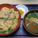 麺吉 どんどん - ミニカレーうどんと玉子丼 500円