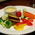 千年葡萄家 - 野菜のフォンデュ白味噌とゴルゴンゾーラ(580円)
