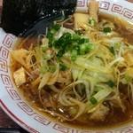 浜北軒 NEOPASA浜松店 - 赤辛ねぎラーメン