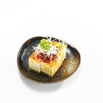 沖縄島豆腐のラー油掛け冷やっこ