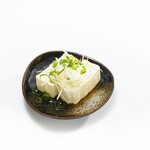 沖縄島豆腐の冷やっこ
