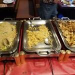 九寨溝 - ビーフン、炒飯、一口揚げ餃子。