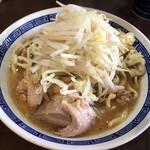 ラーメン ゼンゼン - 料理写真:ラーメン少なめ(麺250g)(ニンニク、ヤサイ)(750円)
